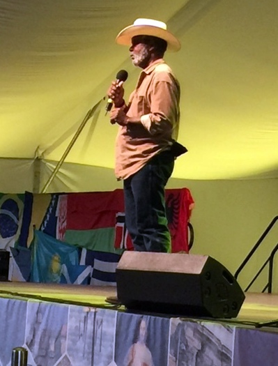 Clarence Gilyard holds 1500 Vincentian Youth enraptured with personal Witness, Kraków