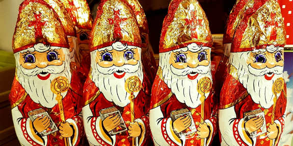 Santa Claus And St Nicholas A Tale Told In Videos Faith